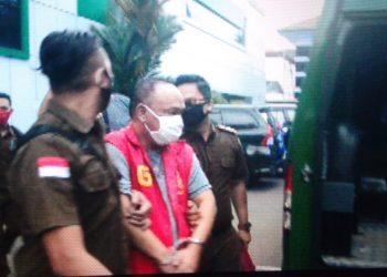 Joko Susilo Terpidana Kasus Korupsi Perumahan PNS Sarolangun Saat diamankan Tim TABUR/Foto:Datut